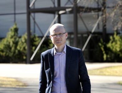 Ikä on tuonut rohkeutta kuunnella sisintään, sanoo Arto Toivanen.