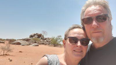 Päivi ja Sakari Löytty Namibiassa