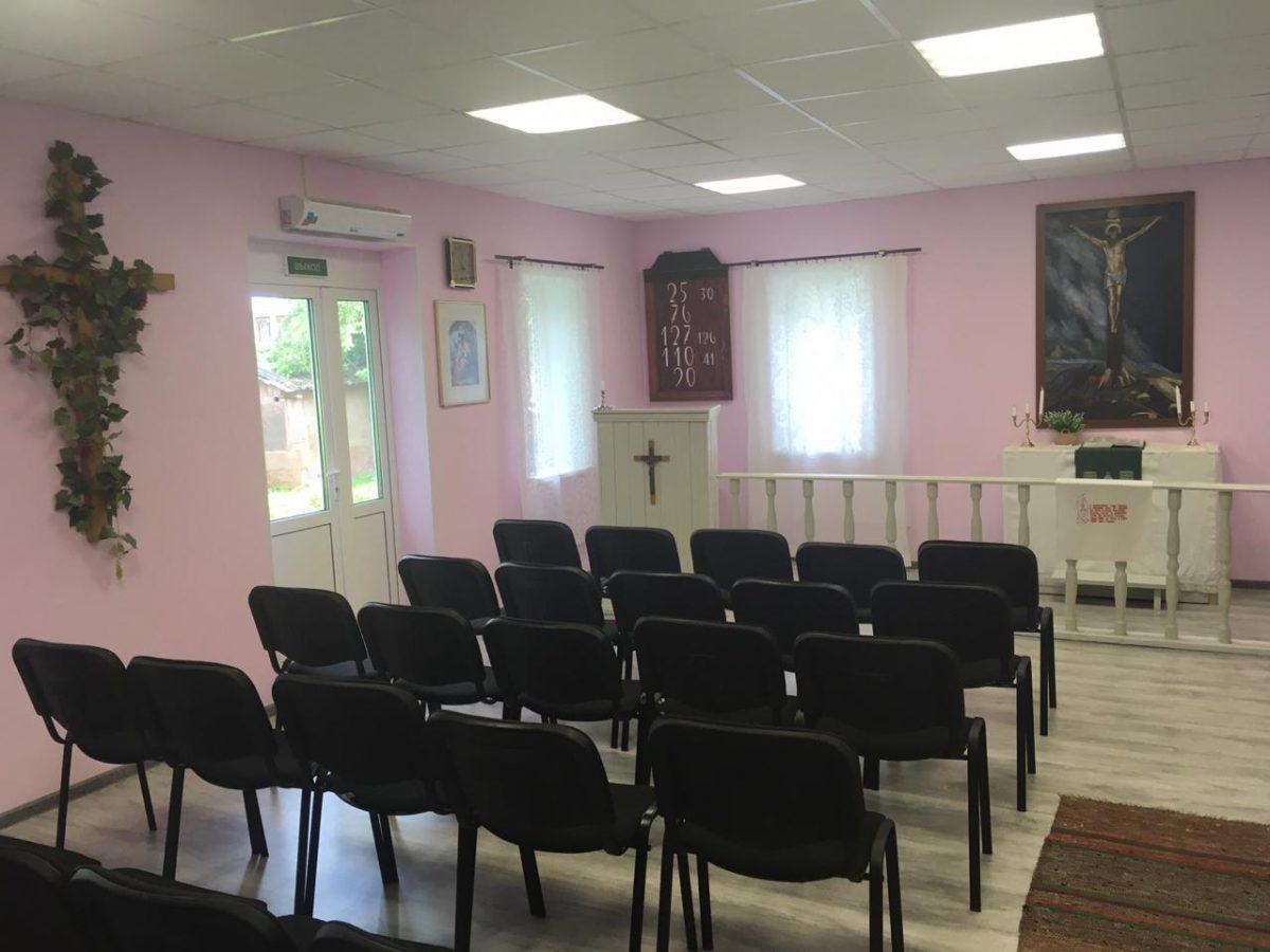 Kirkon remontti on edennyt