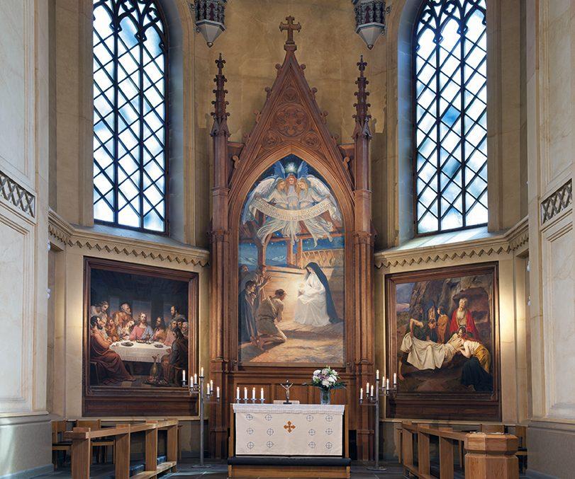 Kirkon kiehtova  kulttuuriperintö esiin