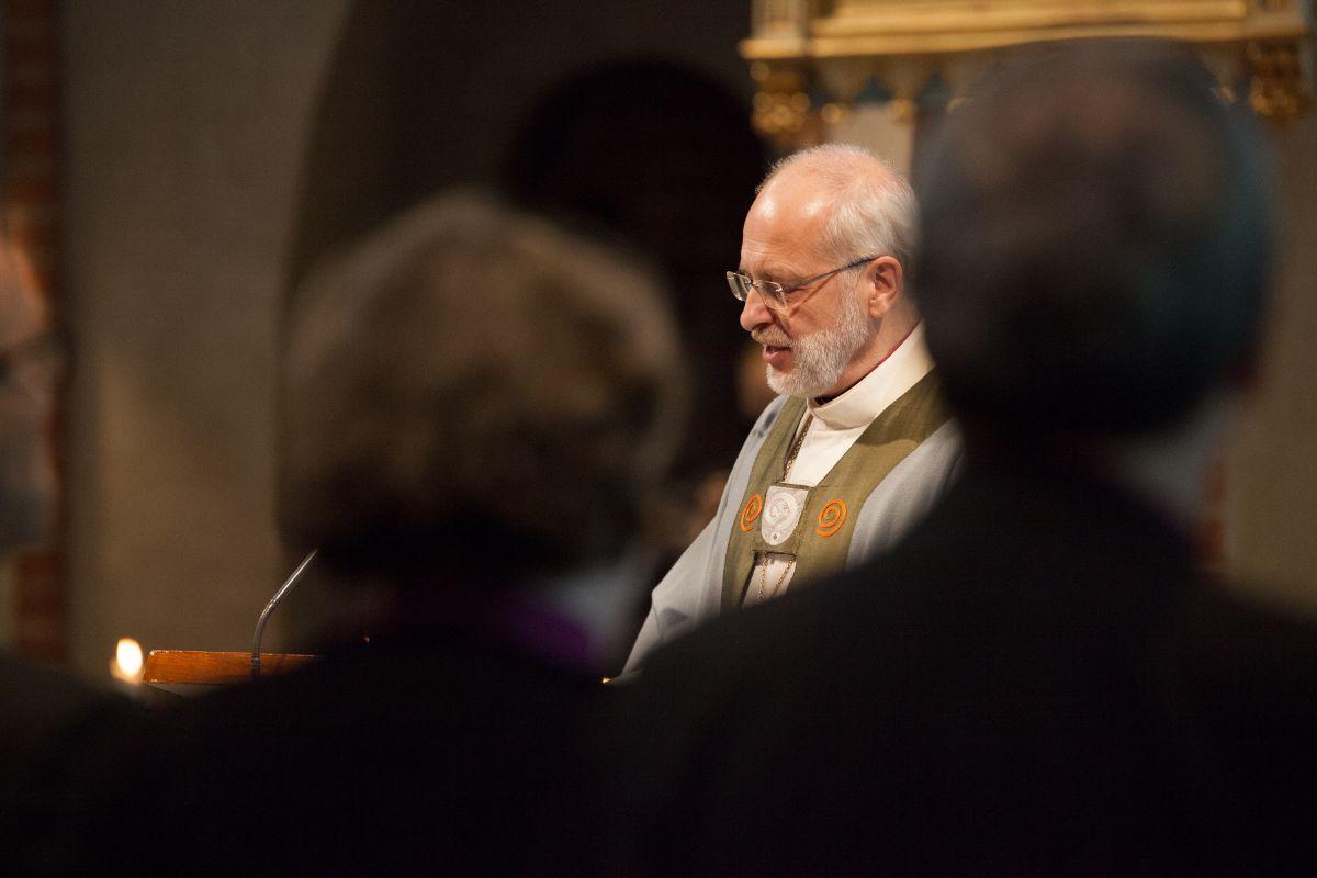 Piispa Simo Peura Jyväskylässä