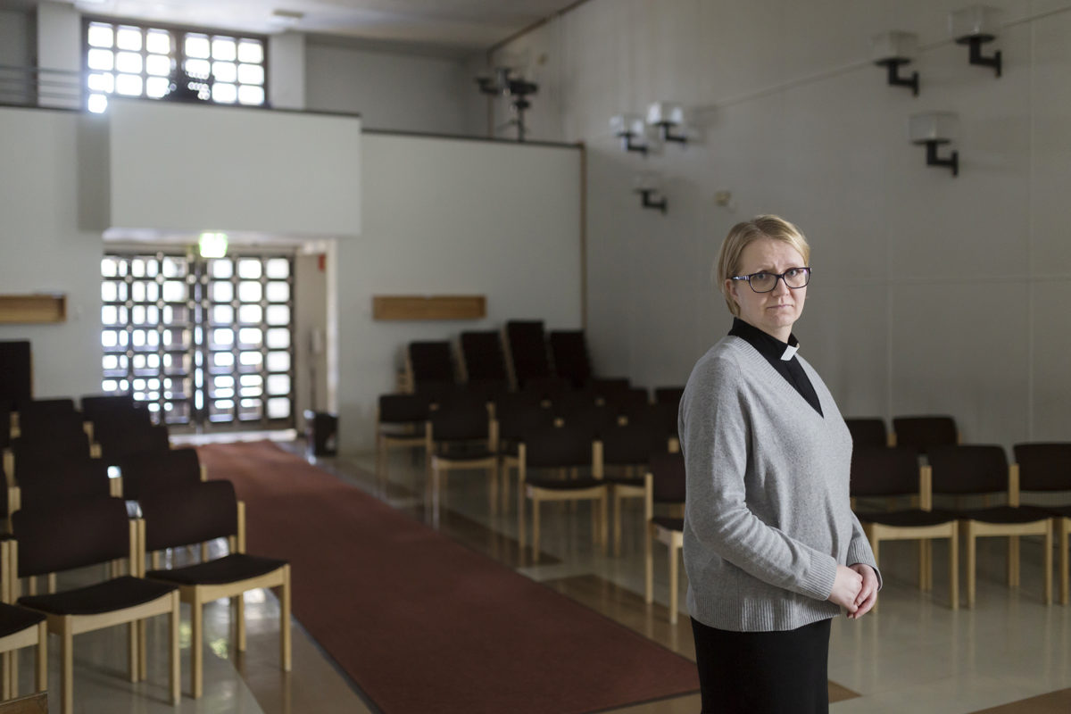 Rajoitukset tuoneet muutoksia  kirkollisiin toimituksiin